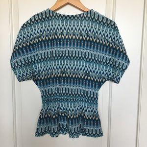 Trina Turk Tops - Trina Turk blue print knit top Size small